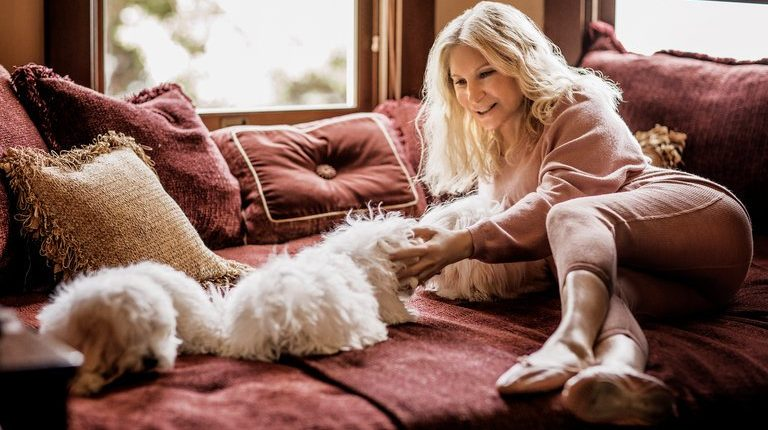 Barbra Streisand Cloned two dogs cloning